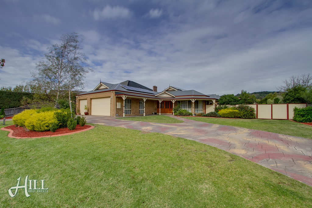 5 Windsor Drive, LYSTERFIELD  VIC  3156