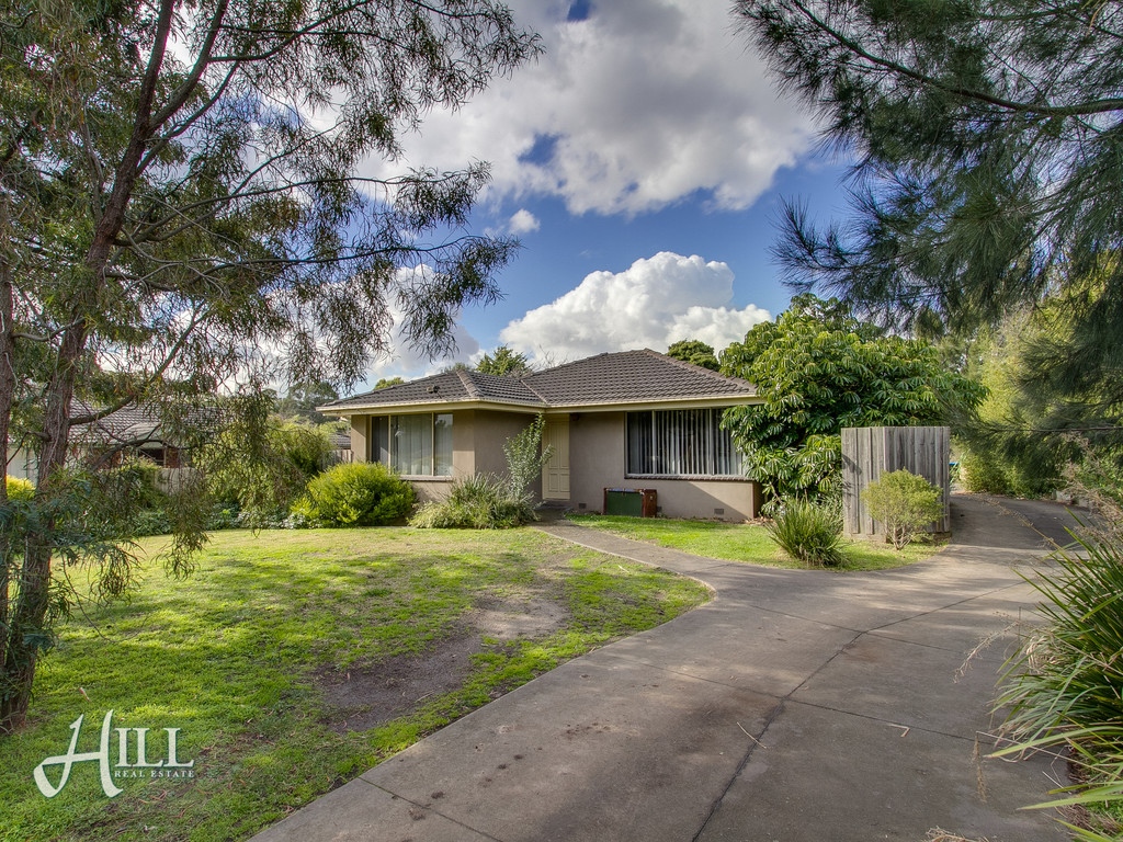 1,27 Renwick Road, FERNTREE GULLY  VIC  3156