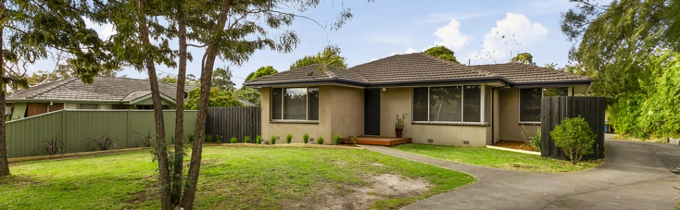 1/27 Renwick Road, FERNTREE GULLY  VIC  3156