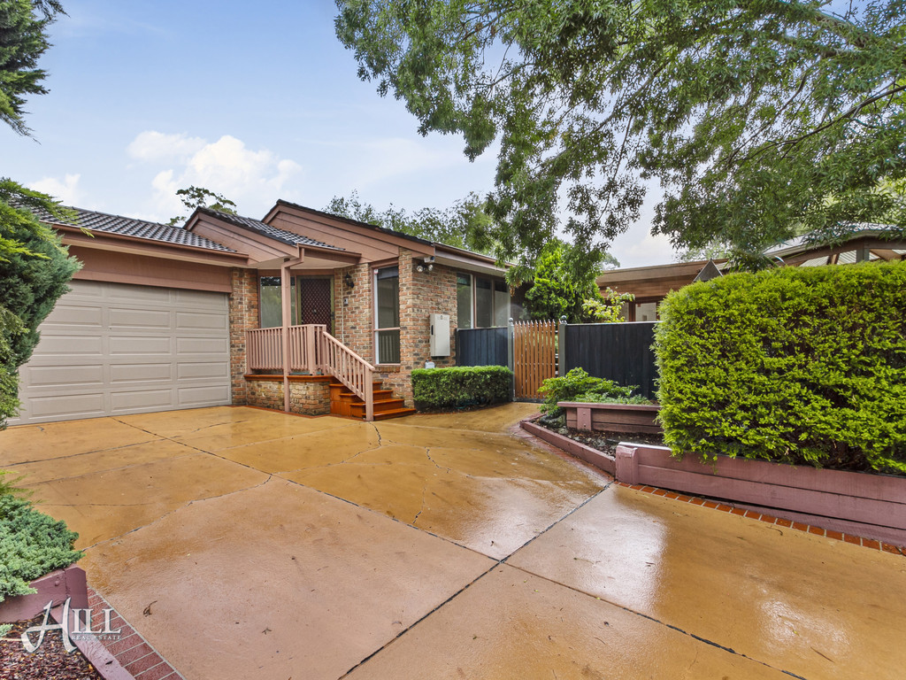 16 Como Close, CROYDON  VIC  3136